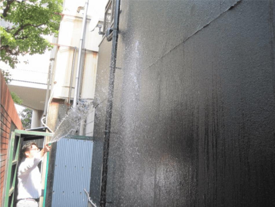 不動産管理物件外壁への散水